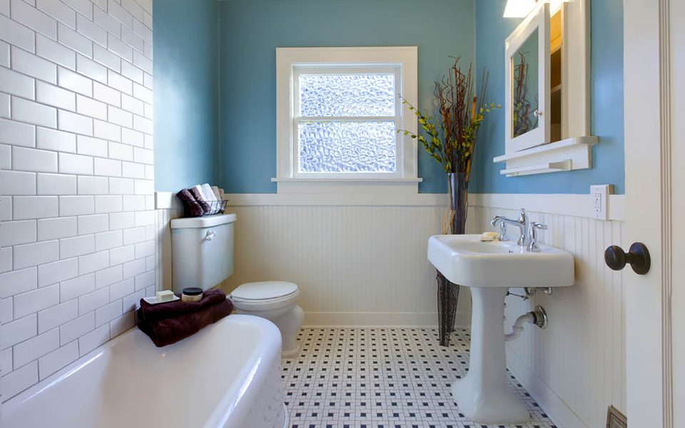 B&D Bluewater Builders Bathroom Remodeling